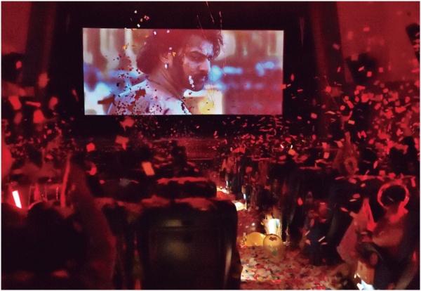 日本人がなぜ絶叫? インド映画『バーフバリ』大ヒットの謎(画像)