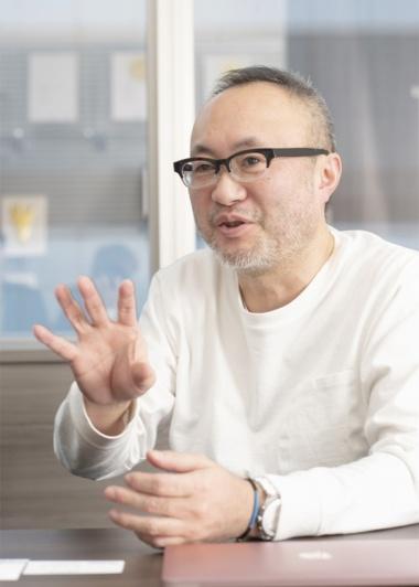 佐藤由紀夫氏