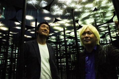 チームラボ猪子氏(左)と津田大介