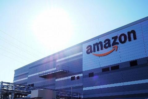 Amazon 川崎 FC(フルフィルメントセンター)では「Amazon Robotics(アマゾン ロボティクス)」を導入