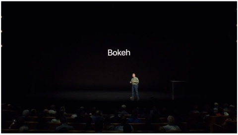 フィリップ・シラー氏がプレゼンテーションで「ボケ」を連発したのはネットでも話題になった