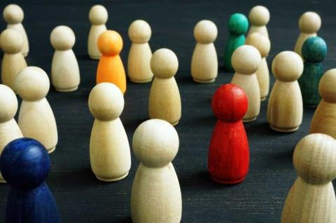 コロナ禍は個々人が選択する「個の時代」を推し進めた(写真/Shutterstock)