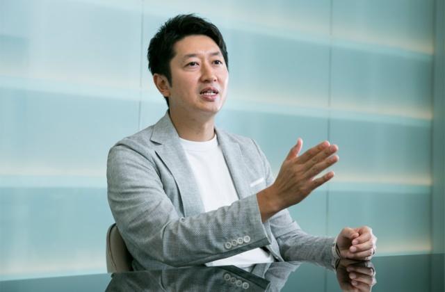 日清食品の安藤徳隆社長が自ら、「ひよこちゃん」を悪魔にしてしまった理由とその戦略を語った