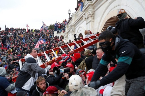 2021年1月6日、トランプ大統領支持者が米連邦議会の議事堂内に乱入する事件を起こした(写真/Shutterstock)