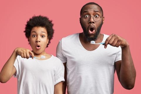 テクノロジーを活用して、単調になりがちな歯磨きにイノベーションを起こす動きが相次いでいる(写真/Shutterstock)