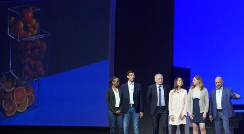 「5 in 5」を発表するIBMの研究者。右端がクラウド&コグニティブソフトウエアのアーヴィン・クリシュナ上級副社長