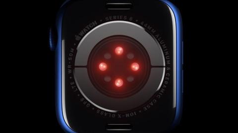 Series 6の裏ぶた側のセンサー(出所/アップル)