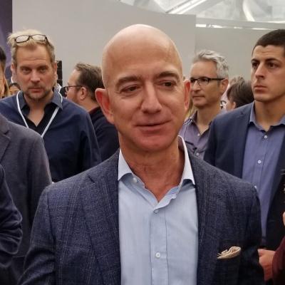 米アマゾン・ドット・コムのジェフ・ベゾスCEO。2019年9月、米シアトルで開催したハードウエア発表会(撮影/シリコンバレー支局)