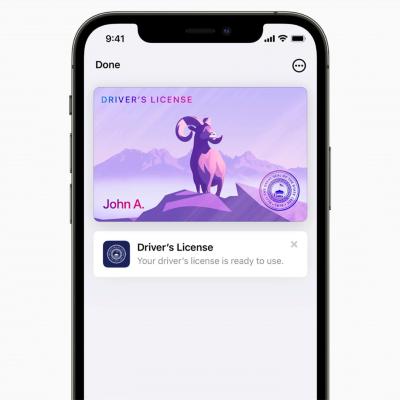 Apple Walletに運転免許証といった身分証を取り込んで管理できる(出所/アップル)