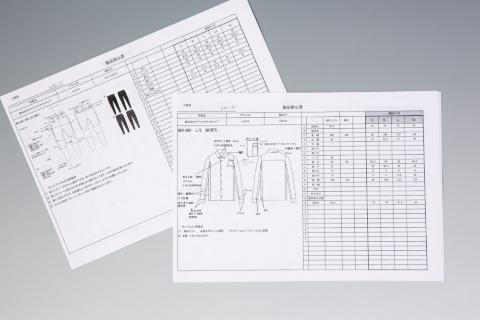 製造は外部の工場に委託している。当初は製品指示書の書き方も分からなかったという