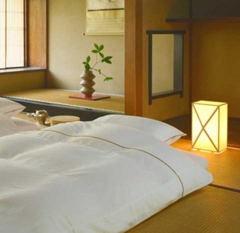 大東寝具工業の「カスタメイク敷き布団」は、ユーザーの体に応じてカスタマイズすることで快適な眠りに結び付ける