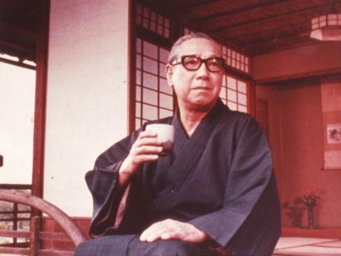 初代キャラクターの島田正吾は、缶入り煎茶からの続投。缶入り煎茶のCMフレーズが商品名になった