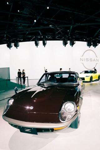 CMの中で木村が運転した往年の名車「フェアレディ240ZG」