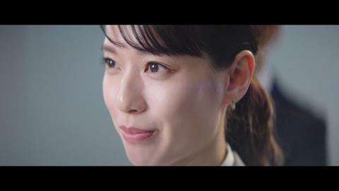 佐川急便のCMキャラクターを務める戸田恵梨香。「SAGAWAの想い」篇