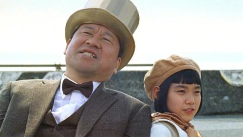「ペットボトル役」は佐藤二朗 サントリーがリサイクル啓発動画(画像)