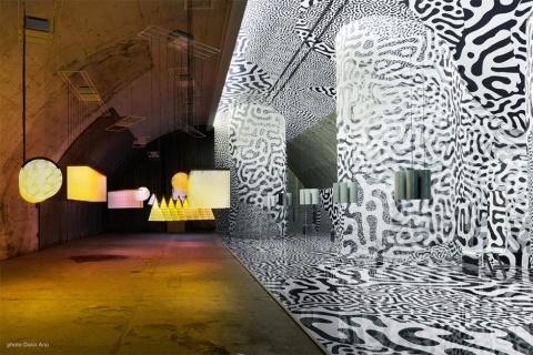 ミラノデザインウィークに初出展の大日本印刷。「Patterns as Time」をコンセプトに、2組のクリエイターを起用してインスタレーション展示を行った