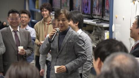 『さよならテレビ』プロデューサーの東海テレビ阿武野勝彦氏(中央)(C)東海テレビ