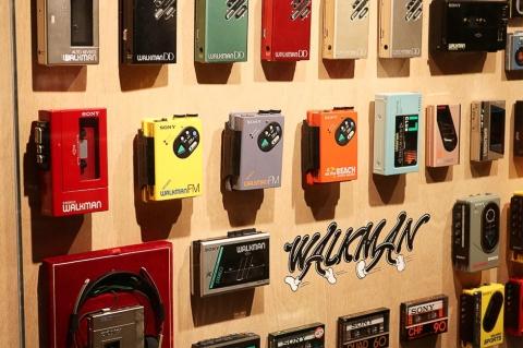 iPodが存在しない時代は、広報は平和だったのでしょうか…… ※写真はイメージです(写真:Ned Snowman/Shutterstock.com)
