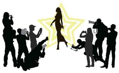 タレントを呼んだ発表会は最後のフォトセッションが1つの山場です ※画像はイメージ(画像提供:vadimmmus/Shutterstock.com)