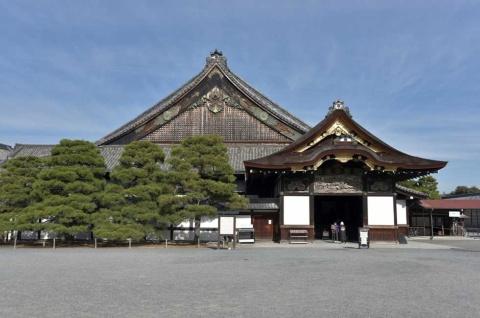 大政奉還が行われた二条城・二の丸御殿。ここの大広間で大政奉還が表明された (写真:ogurisu_Q/PIXTA)