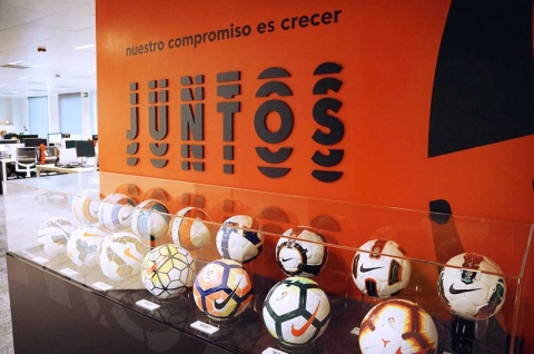 毎年デザインが変わるラ・リーガの公式サッカーボール