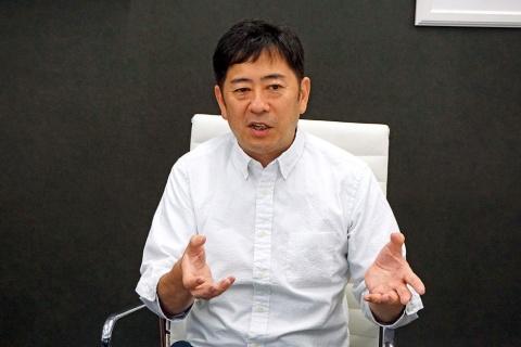 WILLER代表取締役 村瀨茂高氏。1994年に創業。2018年シンガポールに子会社「WILLERS」を設立し、日本のみならずアジア・ASEANでMaaSを展開。ベトナムではタクシー配車アプリや都市間バス、シンガポールでは自動運転の商用化運行を開始