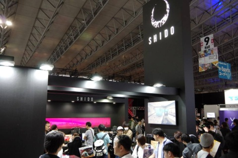 オンキヨーブースでは、「SHIDO」ブランド製品の展示と体験スペースを展開