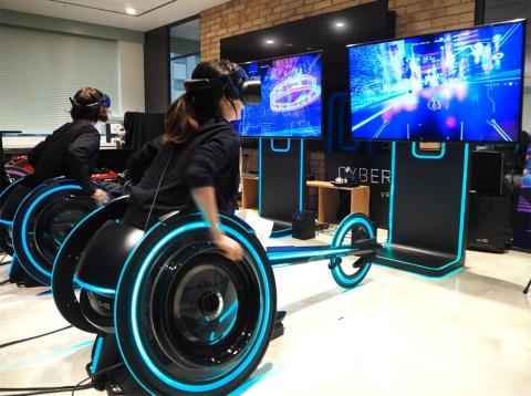 車椅子レースとVRを組み合わせた「CYBER WHEEL X(サイバーウィル エックス)」