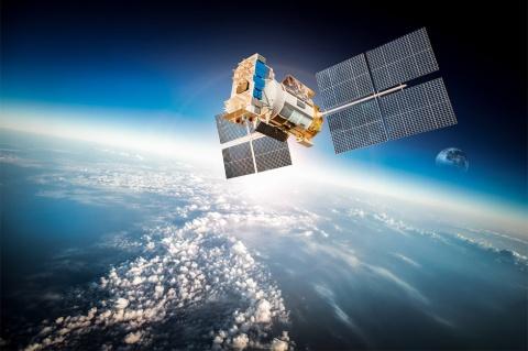 人工衛星が搭載するカメラやレーダーが捉えたデータを使い、マーケティングなどに活用する動きが広がっている。画像はイメージ。(写真提供/shutterstock)
