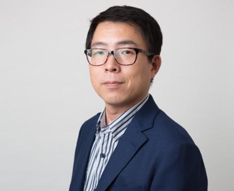 NECパーソナルコンピュータ広報部長の鈴木正義氏