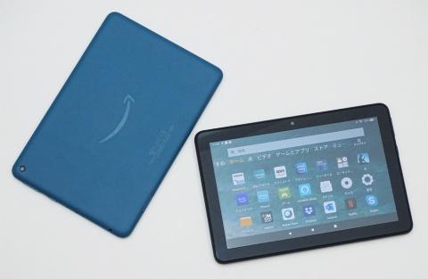 米アマゾン・ドット・コムが発売したお手ごろ価格のタブレット「Fire HD 8」シリーズ。左側スタンダードモデルのFire HD 8にはブラック、ホワイト、ブルーの3色を用意。右側がFire HD 8 Plus