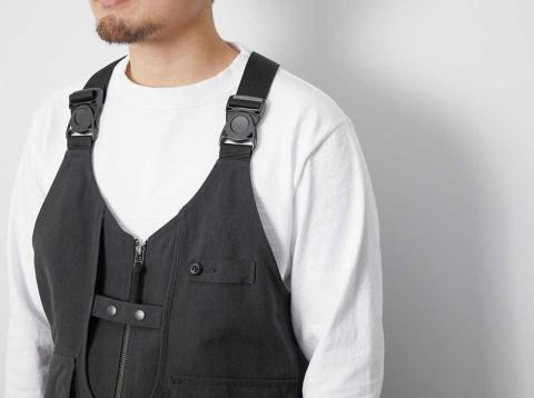 難燃素材に革命を起こした、アラミド100%素材の「TAKIBI Vest」。この素材を採用しているアウトドアメーカーはスノーピークだけだ