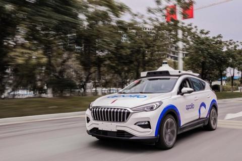 バイドゥの無人運転車が走行する様子(画像は、バイドゥのニュースリリースより)