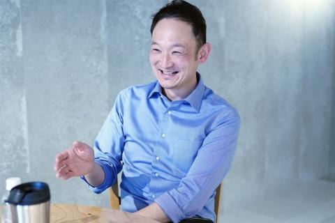 LINE Fukuoka COO(最高執行責任者)の鈴木優輔氏。同社は、2018年8月に福岡市と包括連携協定を結び、LINEの技術を活用したスマートシティの実現を目指す