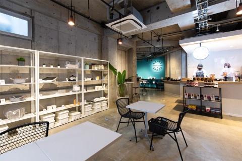 1階にあるカインズが運営するカフェ「CAINZ COFFEE STAND & SPACE」