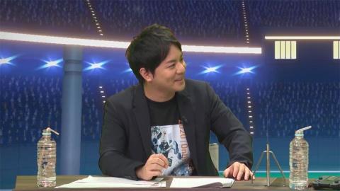 MCの平岩康佑氏はeスポーツキャスターとして「シャドウバース」の実況も行っている。対戦中、カード選びに迷う梶原さんにアドバイスして試合を盛り立てた