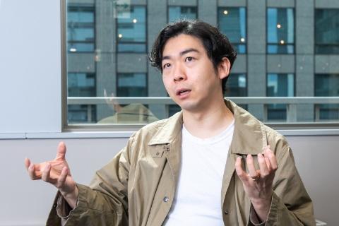 ビービット東アジア営業責任者の藤井保文氏。上海・台北・東京を拠点に活動。国内外のUX思想を探究すると同時に、実践者として企業の経営者や政府へのアドバイザリーに取り組む。著作『アフターデジタル』シリーズは累計14万部を突破