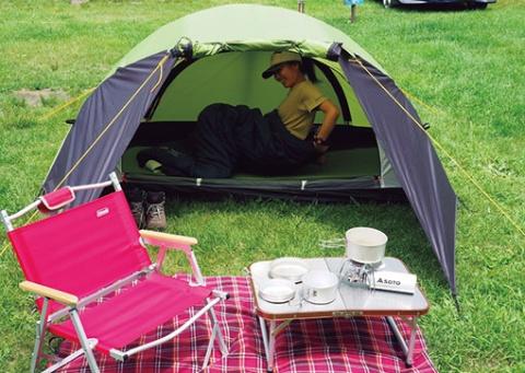 群馬県のキャンプ場・北軽井沢スウィートグラスが用意しているレンタルセット「ソロキャンプ充実セット」。ソロキャンがしやすい環境が整っている