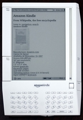 ●初代Kindleの写真(https://commons.wikimedia.org/wiki/User:ShakataGaNai)