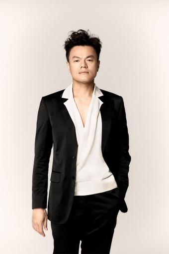 J.Y. Parkさんの金言は、叱ってばかりの40代おじさんにとって学ぶべきキーワードの宝庫だ (c)Sony Music Labels Inc./JYP Entertainment. All rights reserved.