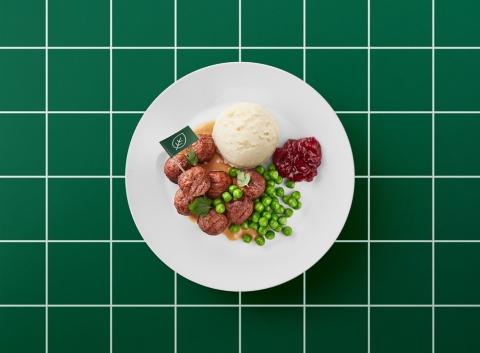 イケアレストランでもプラントボールメニューを提供。プラントボール8個にマッシュポテトなどが付いて499円