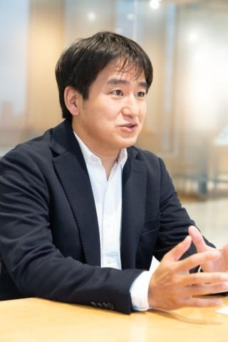「ゲーム開発機能を強化していきたい」と話す小竹氏