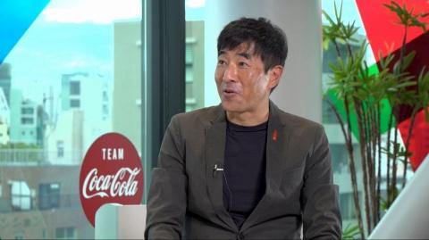 日本コカ・コーラの和佐高志CMO(最高マーケティング責任者)。写真は20年11月の「日経クロストレンドFORUM」のもの