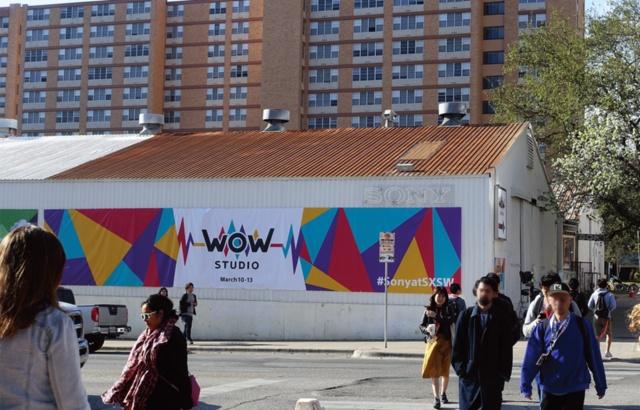 ソニーの「WOWスタジオ」は、コンベンションセンターのすぐ向かいの立地。この中で10件の展示が行われて、まるでテーマパークのような体験型空間となっていた
