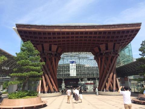 西日本ジェイアールバスは金沢を拠点に地方都市との路線拡充を図る