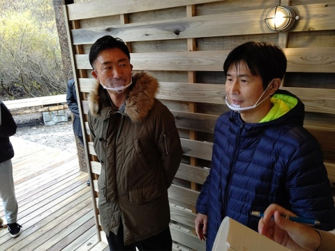 VILLAGE INC.橋村和徳社長(左)と、JR東日本スタートアップの柴田裕社長