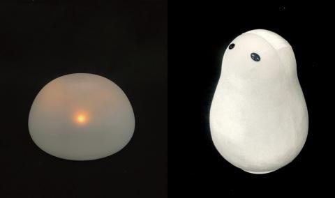 人との対話機能を備えたロボットを模索した初期のプロトタイプ。「プロトタイプ1」(左)の丸さや「プロトタイプ2」(右)の本体の柔らかさや目はニコボに継承した要素