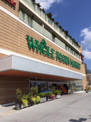 Whole Foods パワード・バイ Amazon(上)(画像)
