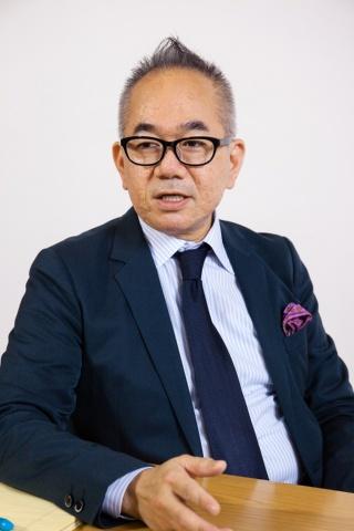 大城 浩司 KABUKI代表取締役社長兼CEO<br>沖縄生まれ。約1万6500m2の大型ショッピングセンター勤務を経て、2001年楽天入社。営業本部長などを経て、2014年ICA.inc設立。2015年10月KABUKIを設立し現職。2016年5月にメディア型ECモール「kabuki ペディア」を発表