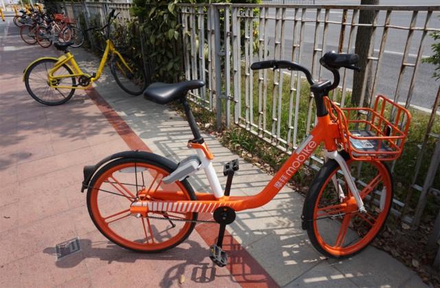 日本人デザイナー・深澤直人氏がデザインしたモバイクの最新モデル。オフォと比べると洗練されたデザインの自転車が多い